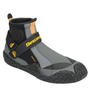 10485_descender_shoes_black_front-1